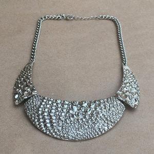 alligator patterned necklace